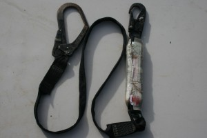 failed shock absorbing lanyard 300x200 2 meter Shock Absorbing Lanyard